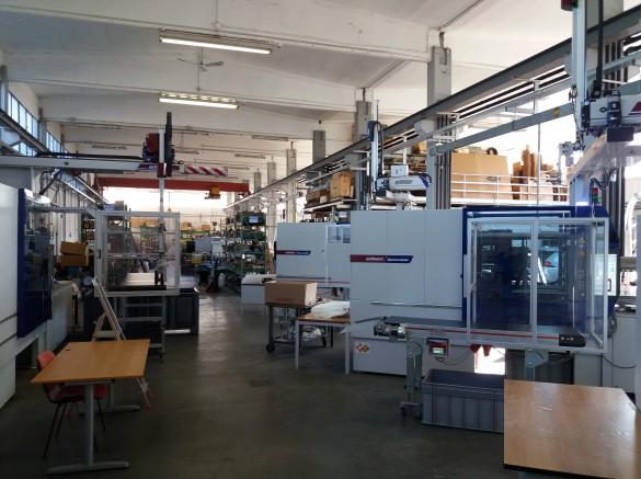 Panoramica reparto stampaggio